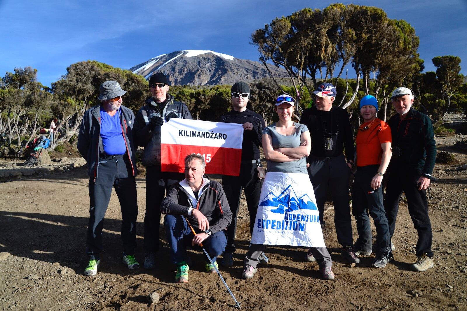Grupa adventure-expedition w Campie Milenium Kilimanjaro - fot. Jerzy Kostrzewa