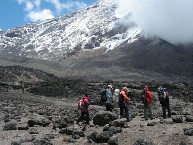 Na trasie w kierunku Kilimanjaro , fot. Jerzy Kostrzewa