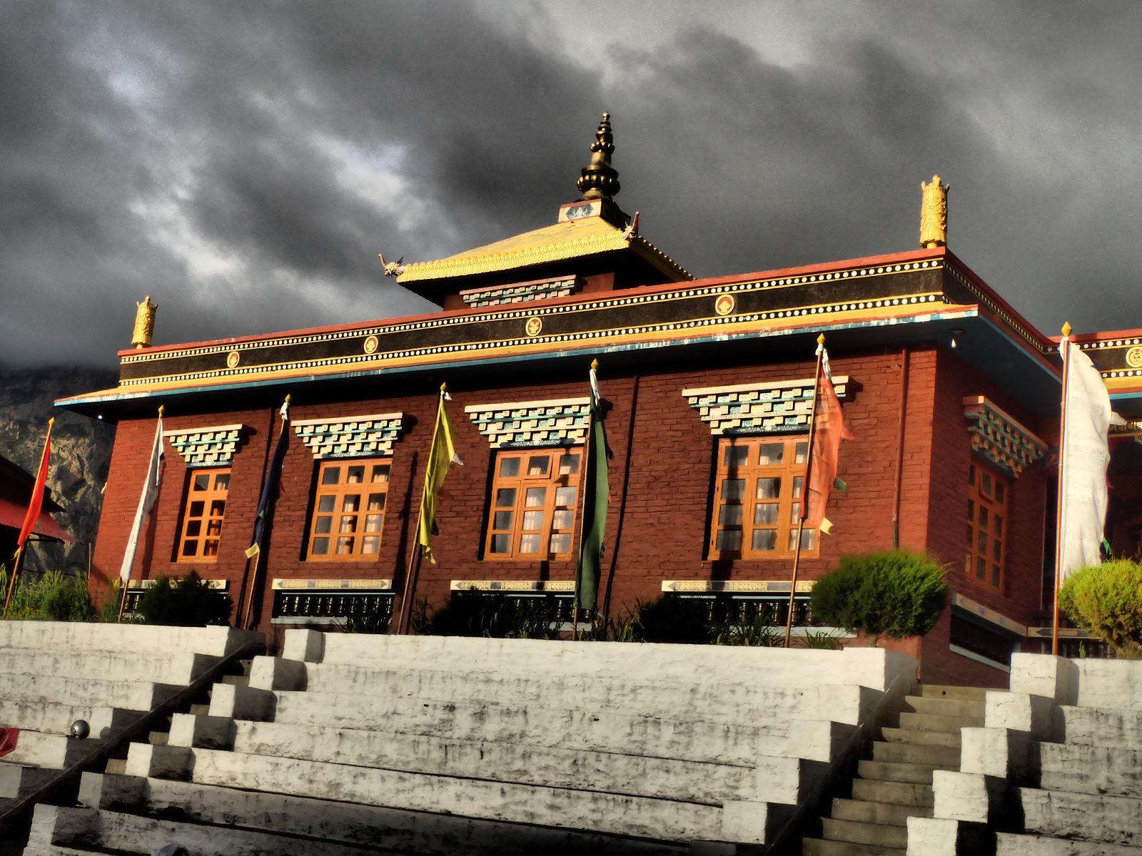Klasztor w Muktinath - fot. Jerzy Kostrzewa
