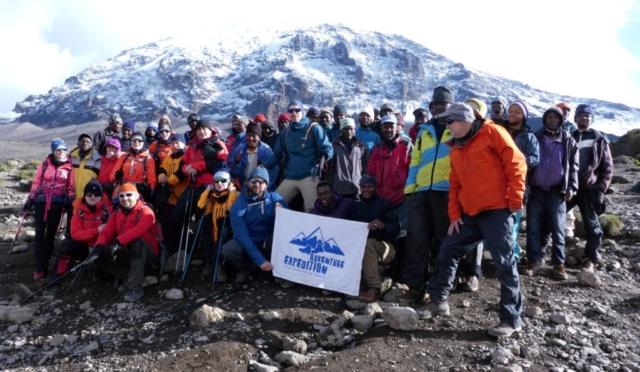 Nasza grupa adventure-expedition , Camp Karanga - fot. Tomek Zaboklicki