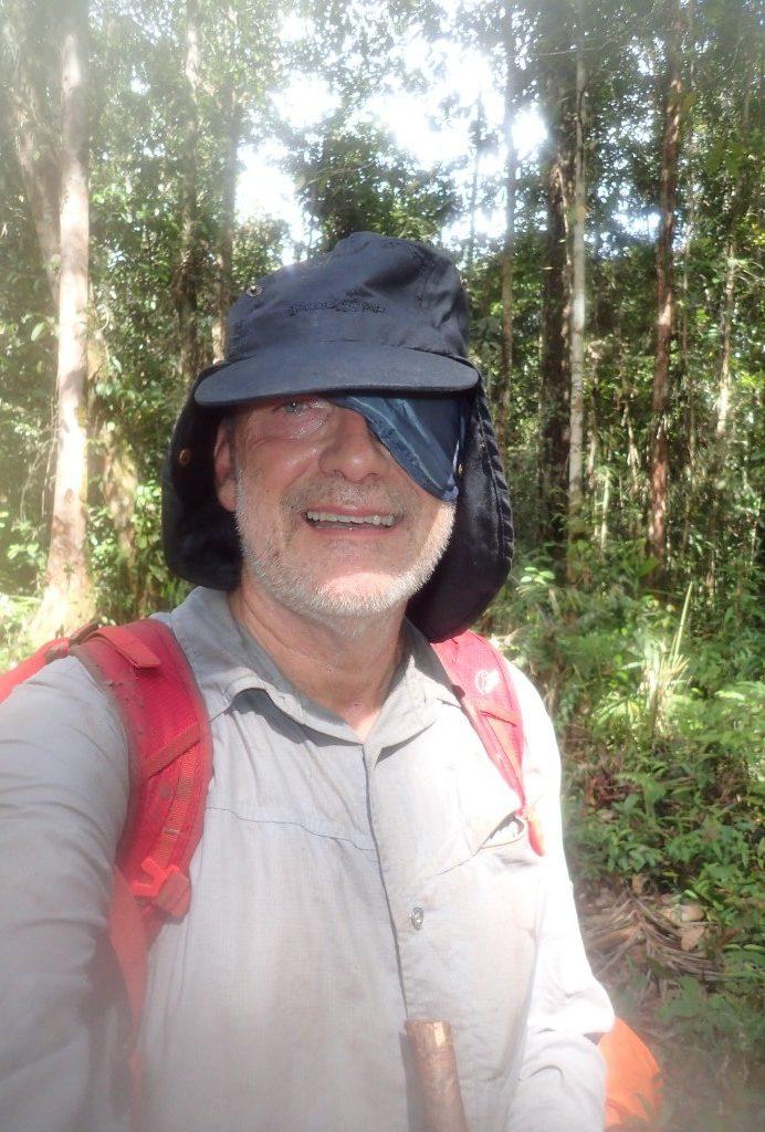 W lesie Papui Zachodniej, czasami ozy wysiadają, na zdjęciu Jerzy Kostrzewa